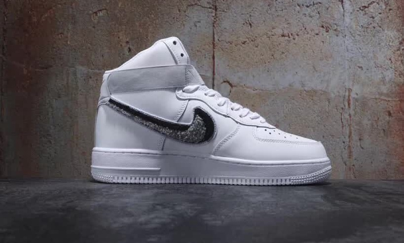 Nike Air Force 1 High '07 LV8 (Chenille Swoosh)