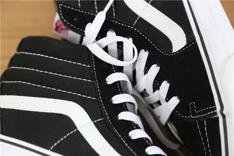 Vans Classic SK8-Hi High-top Canvas & Suede Skate Shoes/Sneakers